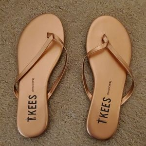 TKEES sandals size 8